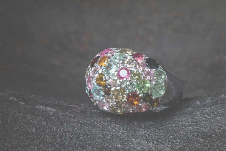 Fred's Choice - Zilveren ring met wit rhodium en verschillende kleuren toermalijn - 086